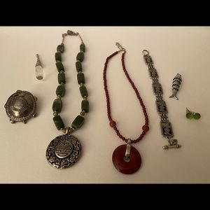Vintage sterling silver accents jewelry bundle !